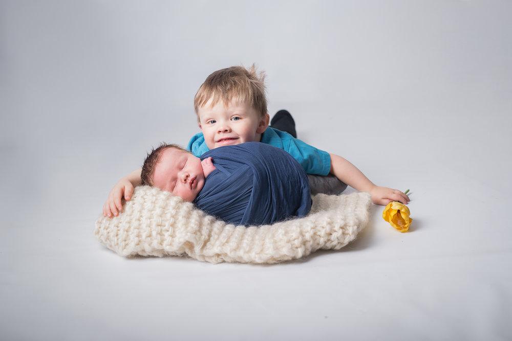 Newborn25NaomiLuciennePhotography052018-Edit.jpg