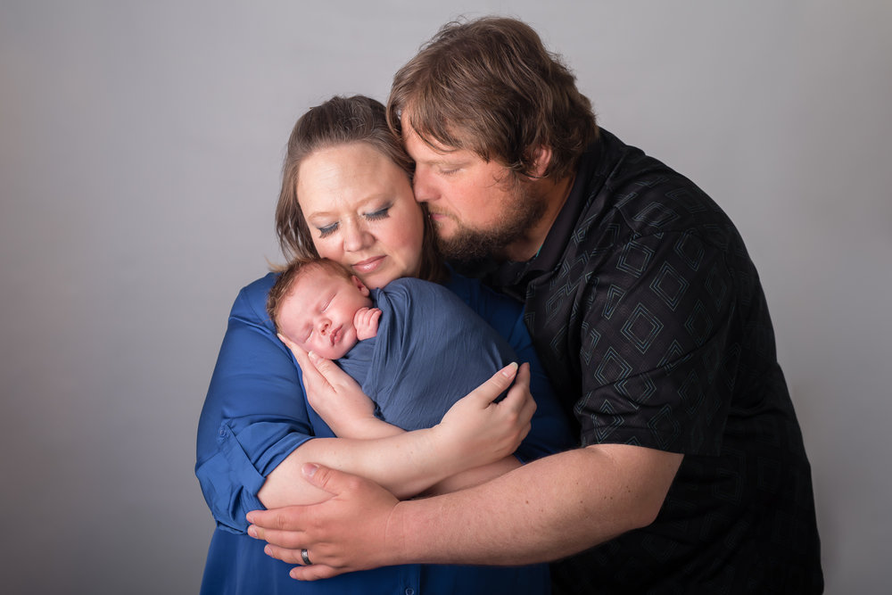 Newborn17NaomiLuciennePhotography052018-2-Edit.jpg