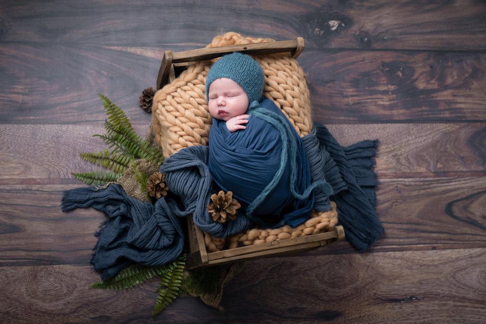Newborn143NaomiLuciennePhotography052018-2-Edit.jpg