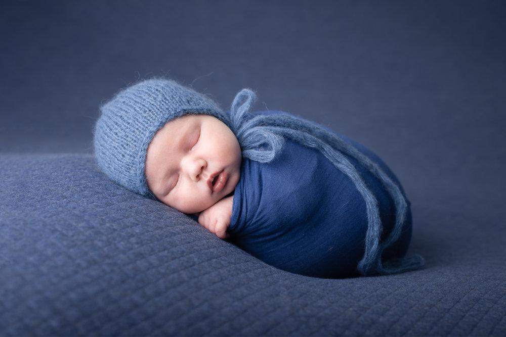 Newborn204NaomiLuciennePhotography052018-Edit.jpg