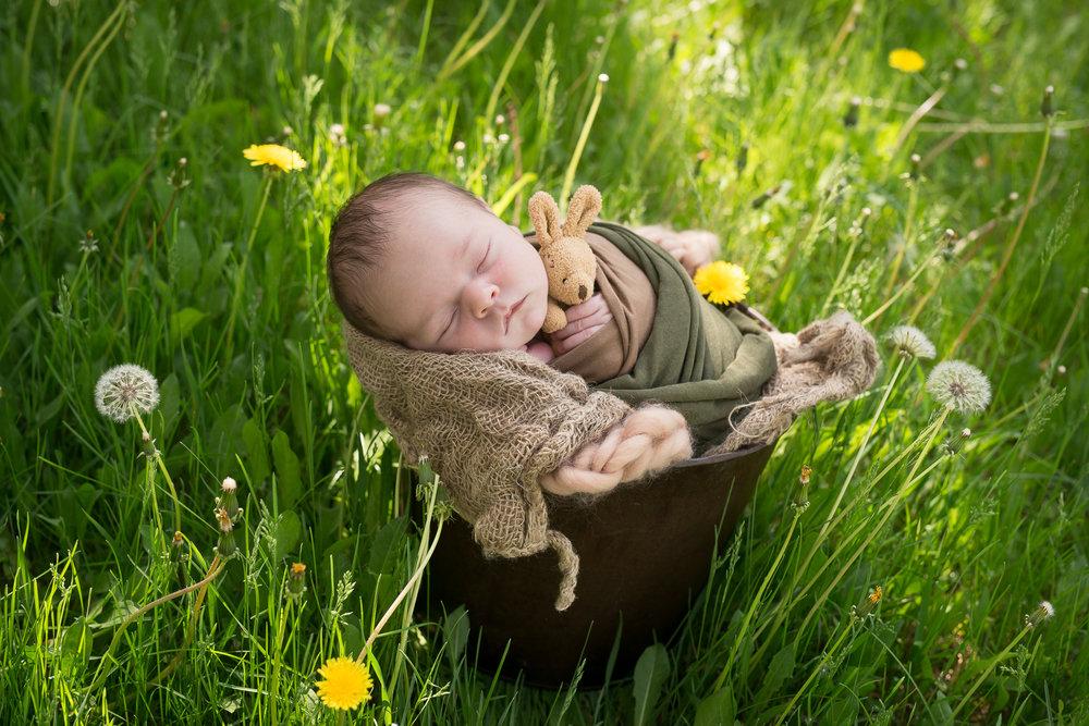 Newborn24NaomiLuciennePhotography052018-3.jpg