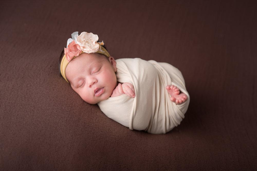 Newborn125NaomiLuciennePhotography052018-Edit.jpg