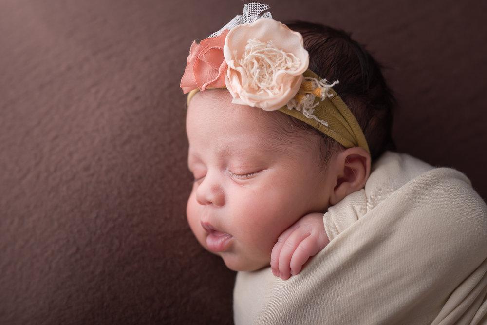 Newborn138NaomiLuciennePhotography052018-Edit.jpg
