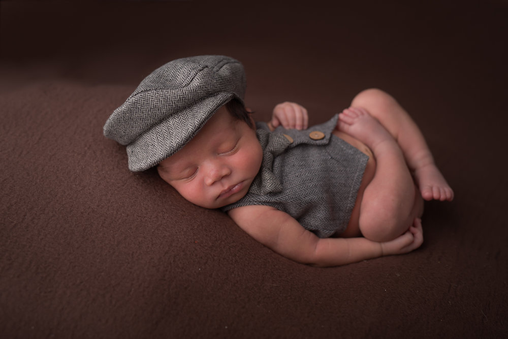 Newborn253NaomiLuciennePhotography052018-Edit.jpg