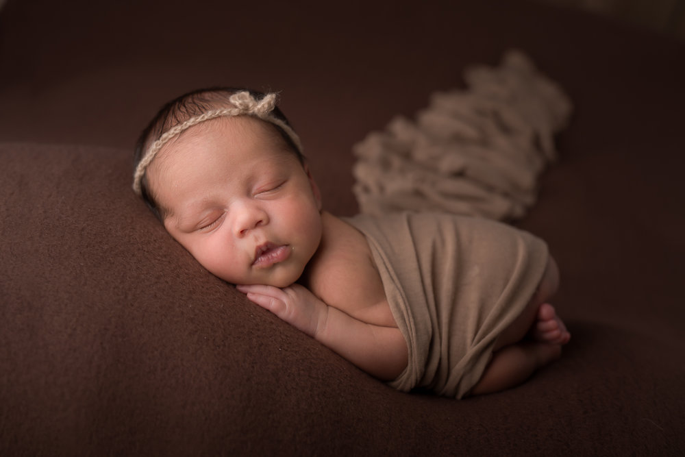 Newborn365NaomiLuciennePhotography052018-Edit.jpg
