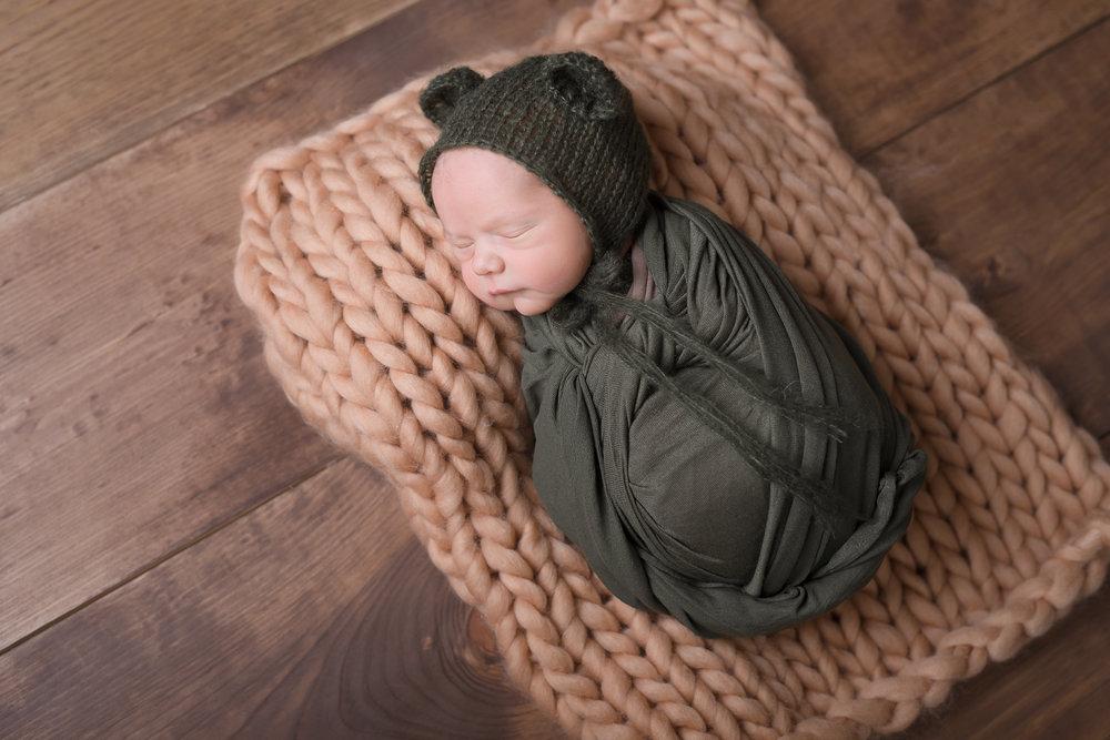 Newborn181NaomiLuciennePhotography052018-Edit.jpg