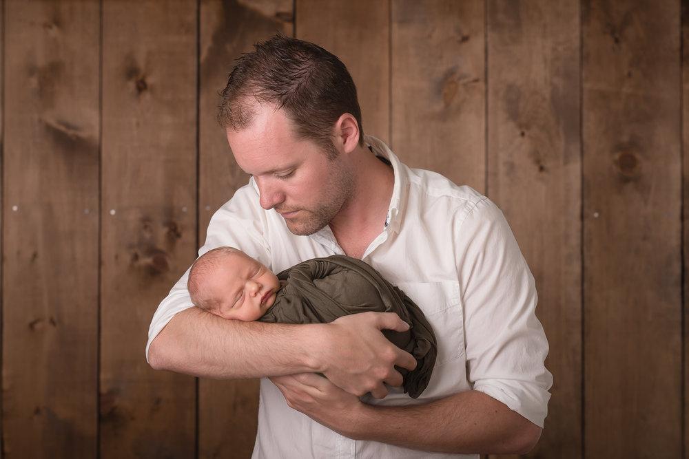Newborn66NaomiLuciennePhotography052018-Edit.jpg