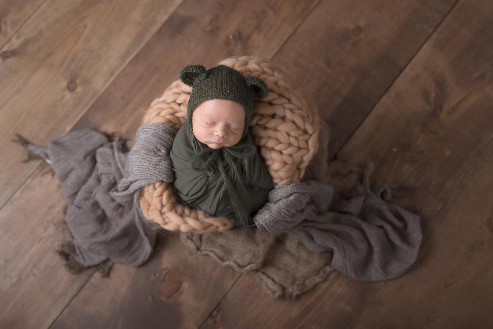 Newborn06NaomiLuciennePhotography052018-Edit.jpg