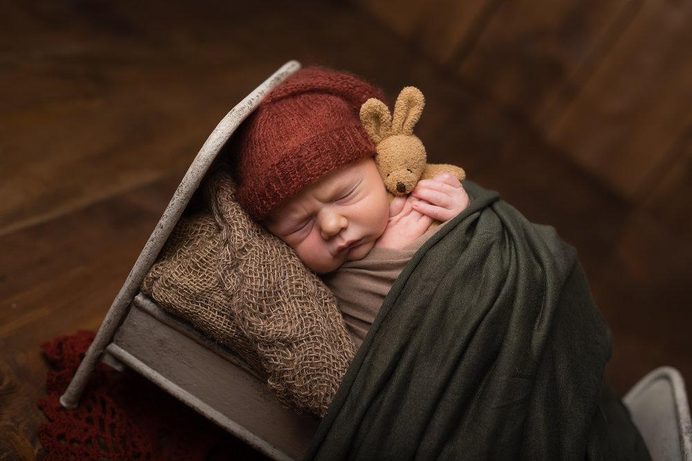 Newborn17NaomiLuciennePhotography052018-Edit.jpg