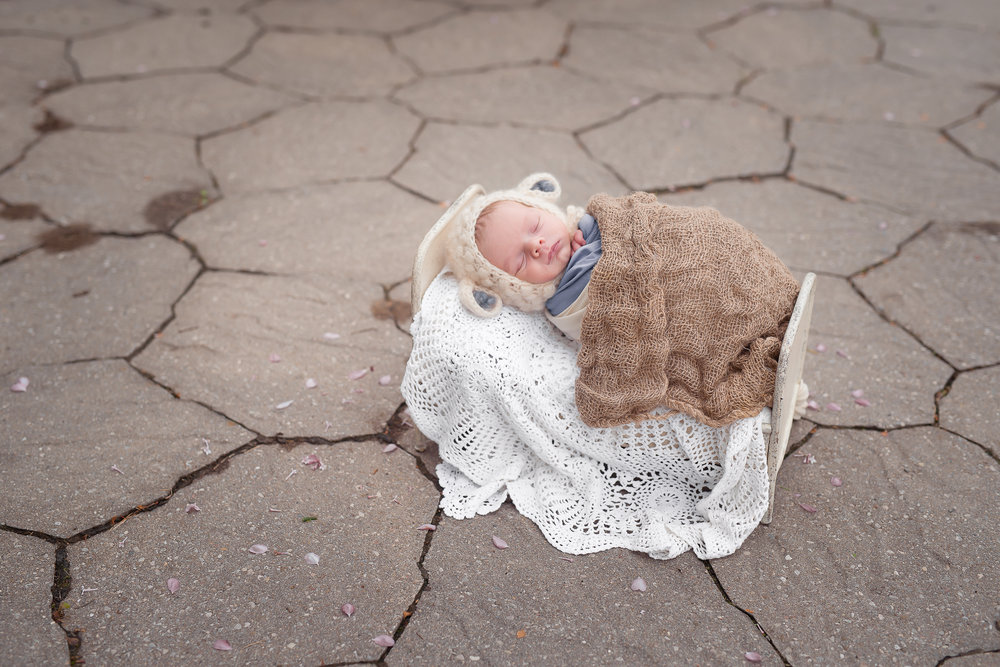 Newborn26NaomiLuciennePhotography052018-2-Edit.jpg