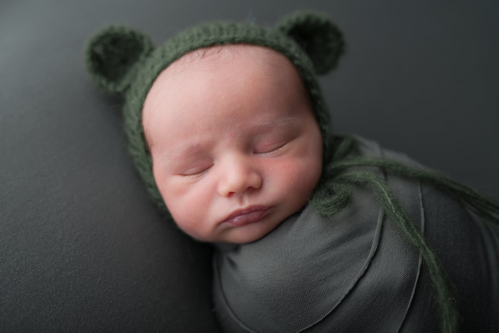 Newborn69NaomiLuciennePhotography062018-Edit.jpg