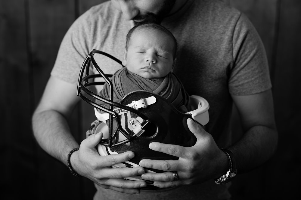 Newborn144NaomiLuciennePhotography062018-Edit.jpg