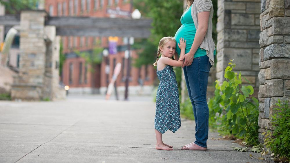 Maternity872NaomiLuciennePhotography062018.jpg