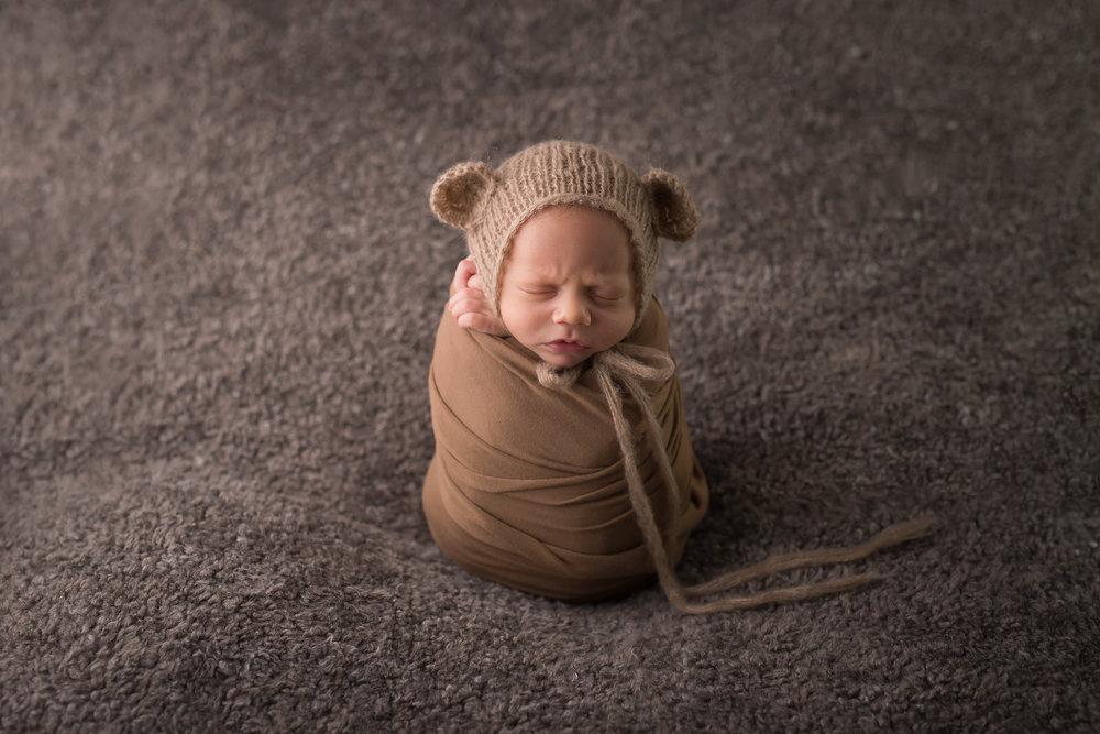 Newborn149NaomiLuciennePhotography072018-Edit.jpg