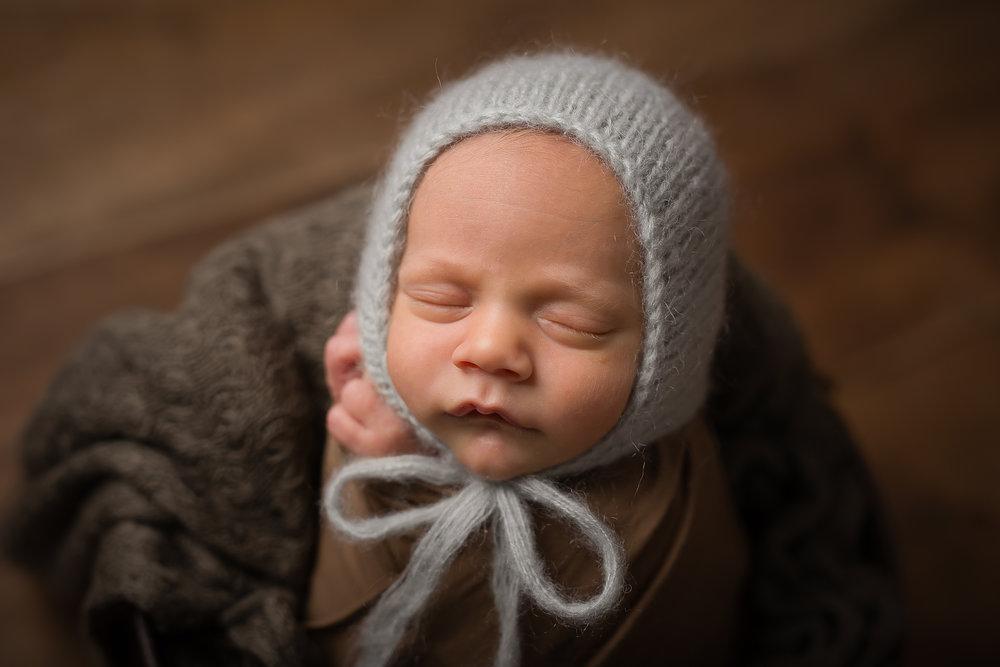 Newborn430NaomiLuciennePhotography072018-Edit.jpg