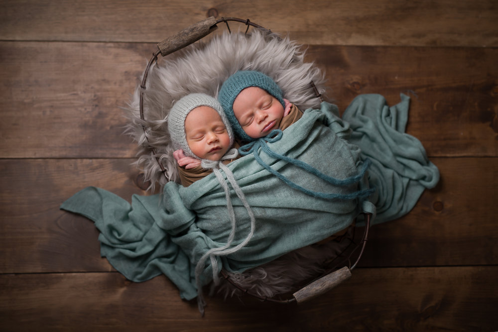 Newborn467NaomiLuciennePhotography072018-Edit.jpg