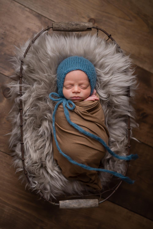 Newborn480NaomiLuciennePhotography072018-Edit.jpg