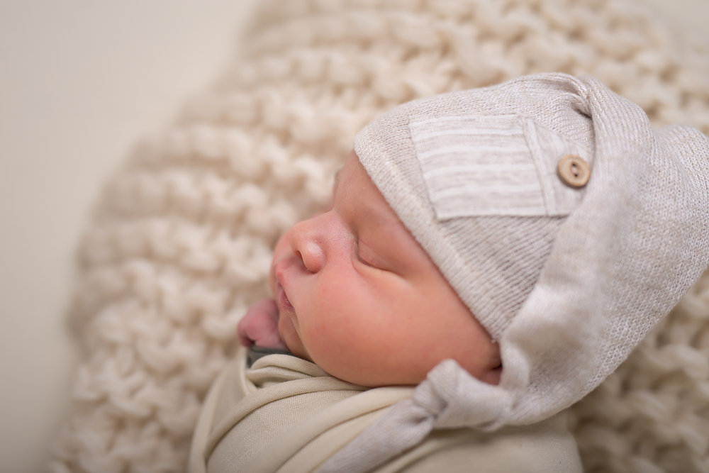 Newborn171NaomiLuciennePhotography062018-Edit.jpg