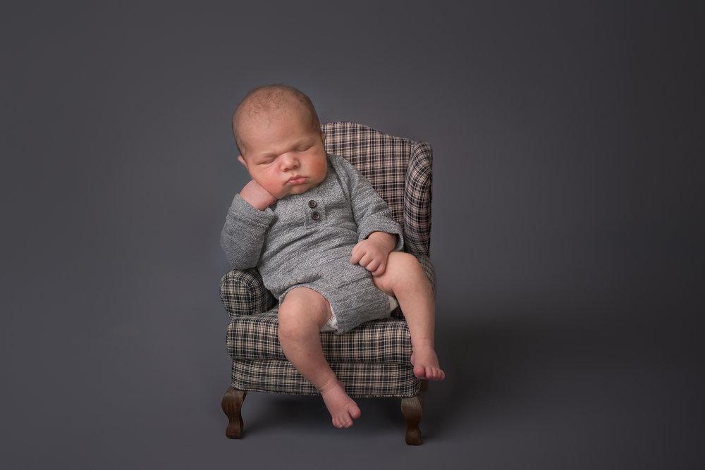 NewbornDSC_3490-Edit.jpg