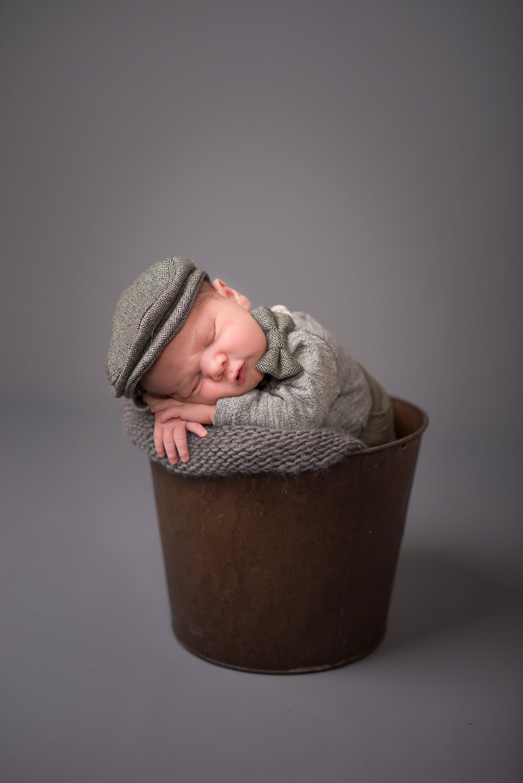 Newborn244NaomiLuciennePhotography062018-Edit.jpg