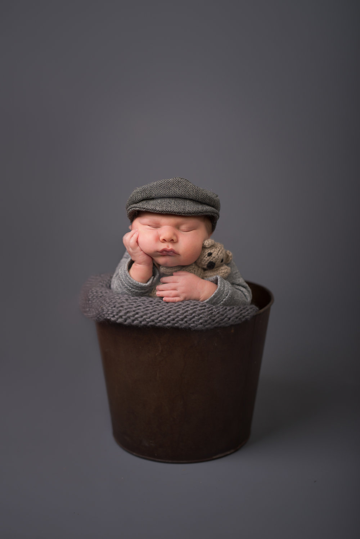 Newborn268NaomiLuciennePhotography062018-Edit.jpg