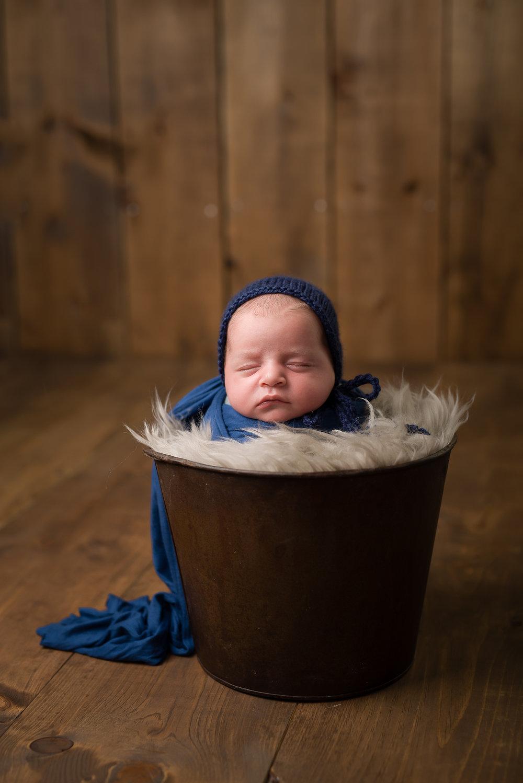 Newborn57NaomiLuciennePhotography072018-Edit.jpg