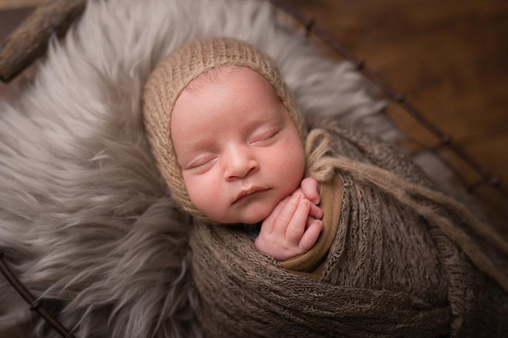 Newborn218NaomiLuciennePhotography072018-Edit.jpg