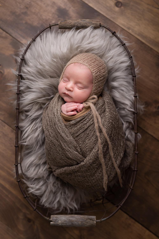 Newborn226NaomiLuciennePhotography072018-Edit.jpg