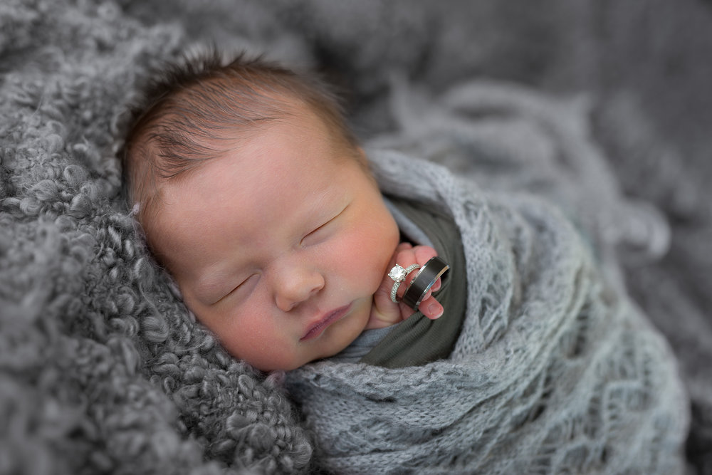 Newborn331NaomiLuciennePhotography072018-Edit.jpg