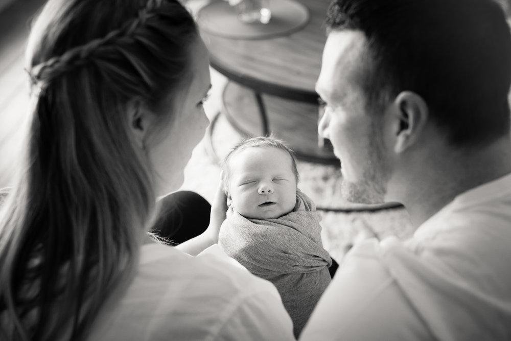 Newborn180NaomiLuciennePhotography072018.jpg