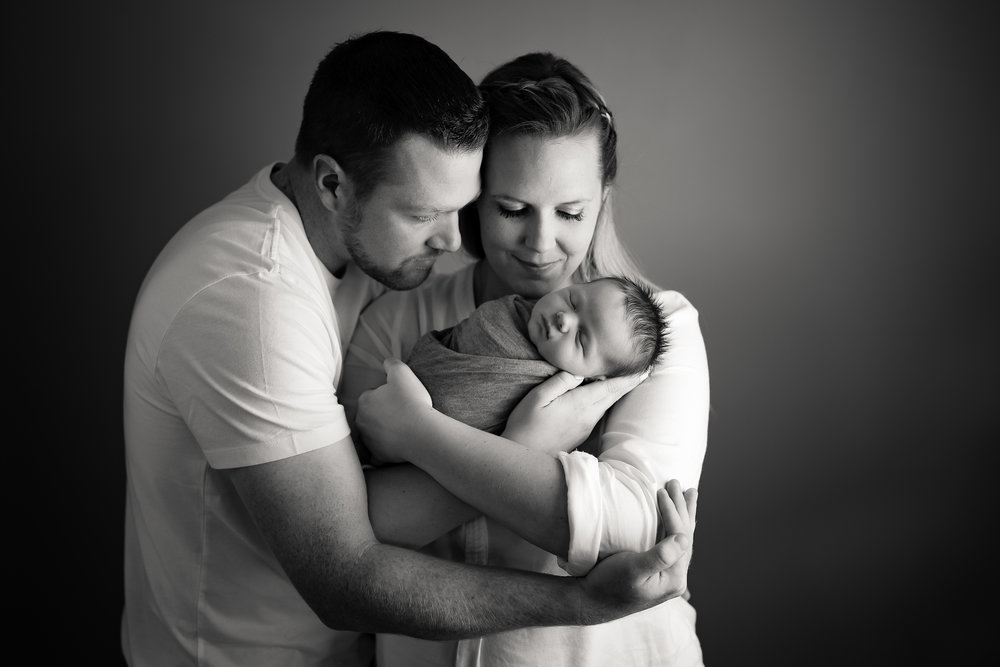 Newborn500NaomiLuciennePhotography072018-Edit.jpg
