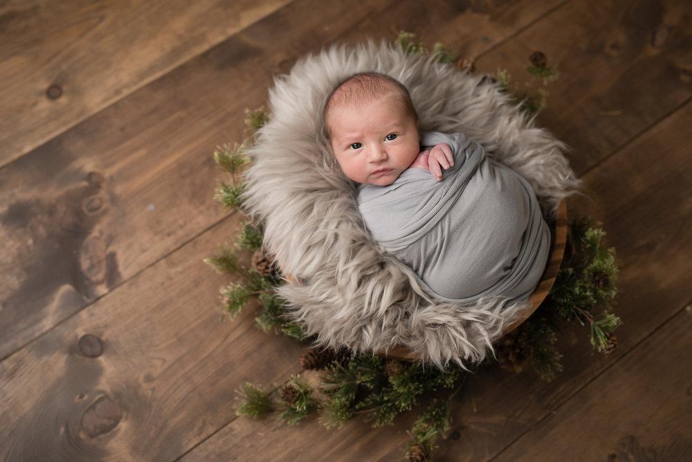 Newborn12NaomiLuciennePhotography072018-Edit.jpg