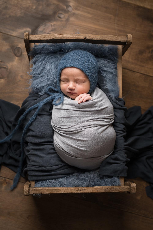 Newborn266NaomiLuciennePhotography072018-Edit.jpg