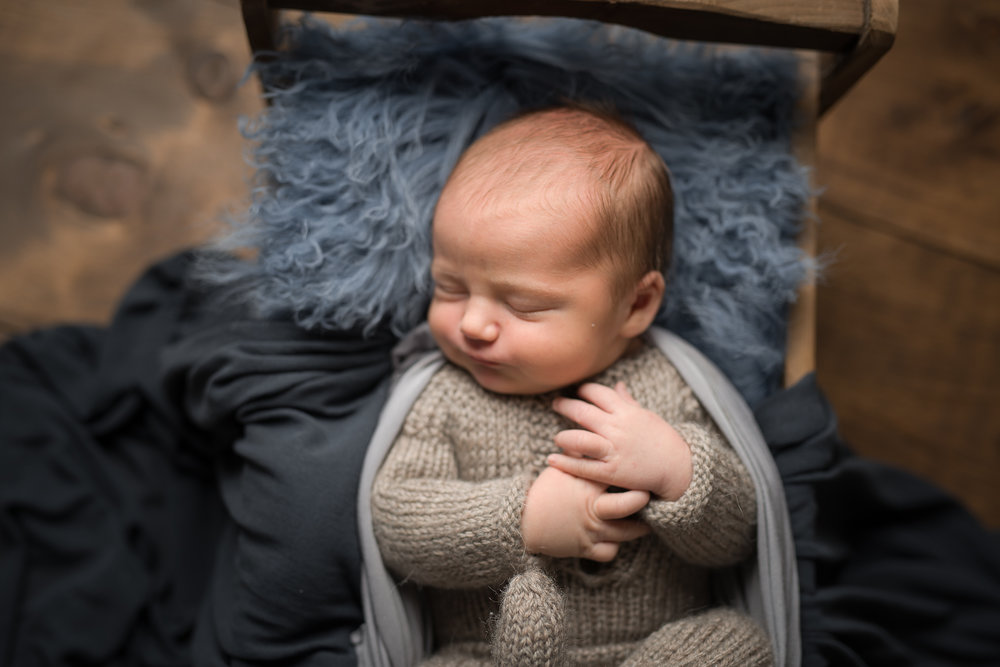 Newborn270NaomiLuciennePhotography072018-Edit.jpg