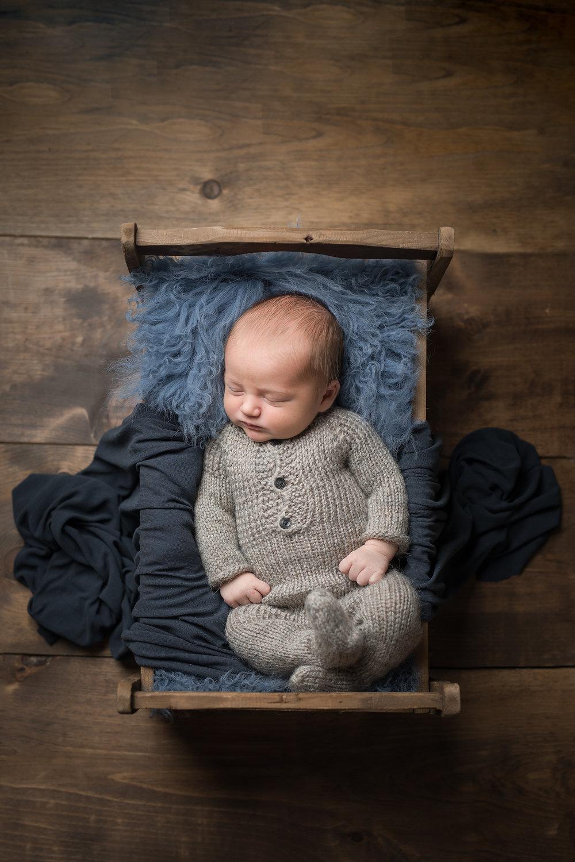 Newborn317NaomiLuciennePhotography072018-Edit-Edit.jpg