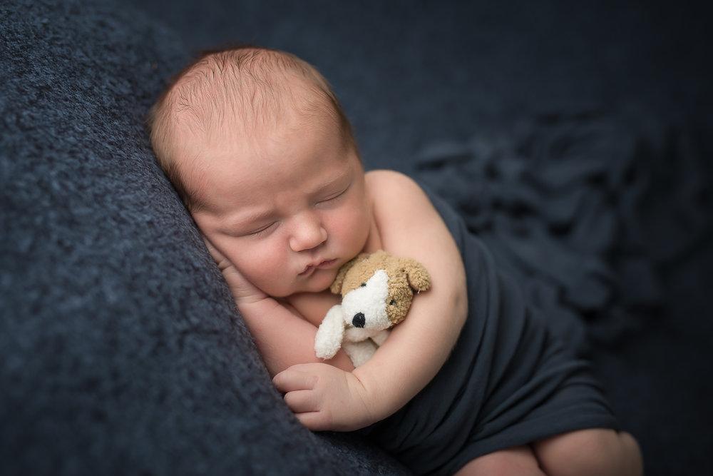 Newborn426NaomiLuciennePhotography072018-Edit.jpg