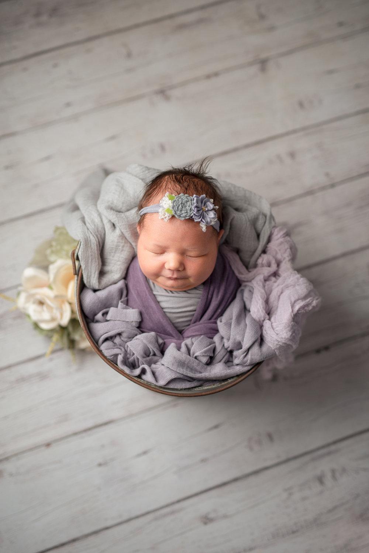 Newborn190NaomiLuciennePhotography102018-2-Edit.jpg