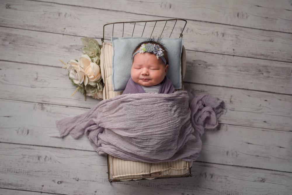 Newborn250NaomiLuciennePhotography102018-2-Edit.jpg