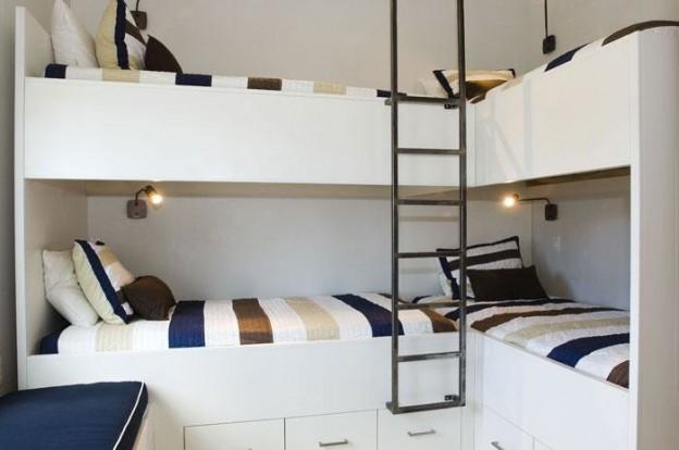 modern-nautical-bunk-room-at-the-alys-beach-house-in-florida-624x414.jpg