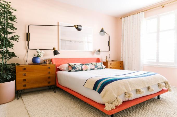 lucyKalanithi_sanfranbedroom-680x453.jpg