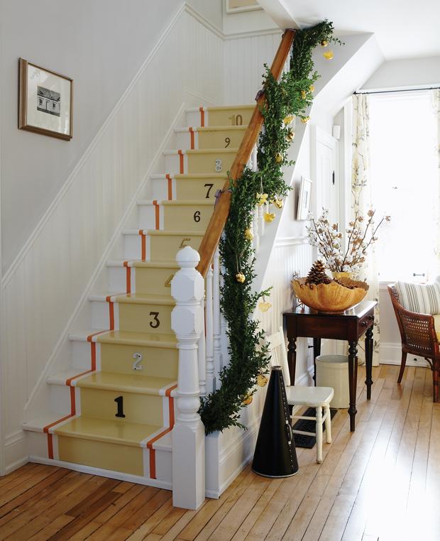 playful-garland-sarah-richardson-design-279-00208_SUP_HH_NO10.jpg