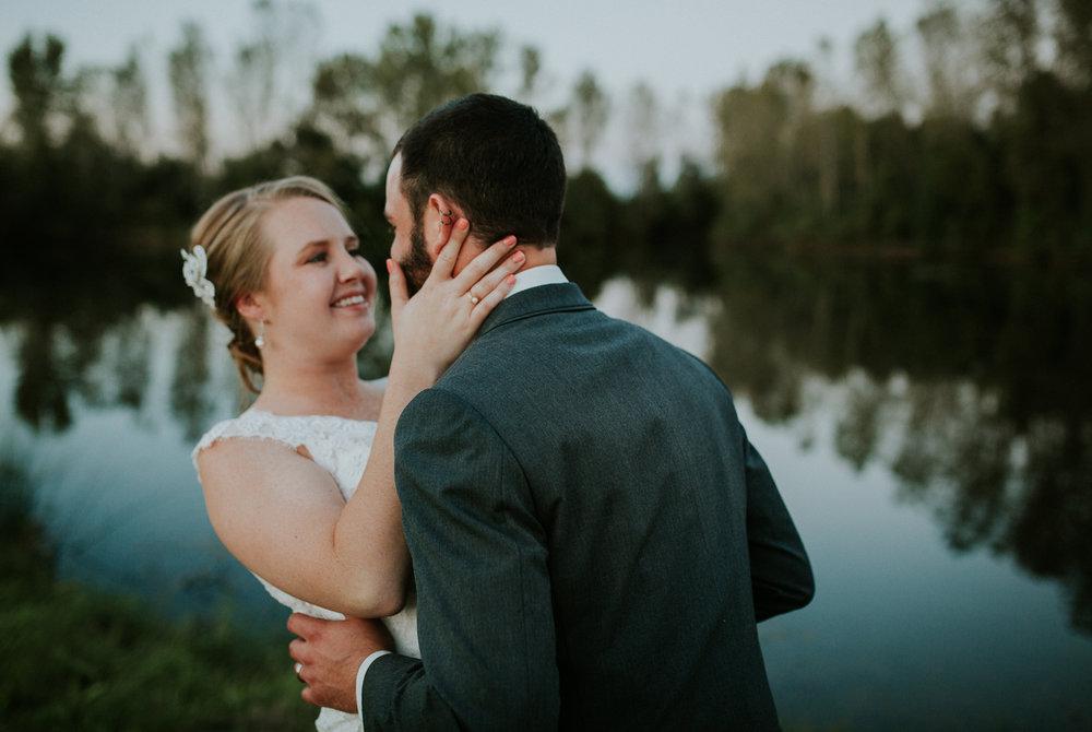 https---www.alyssadphotography.com-engagement grand rapids wedding-7.jpg