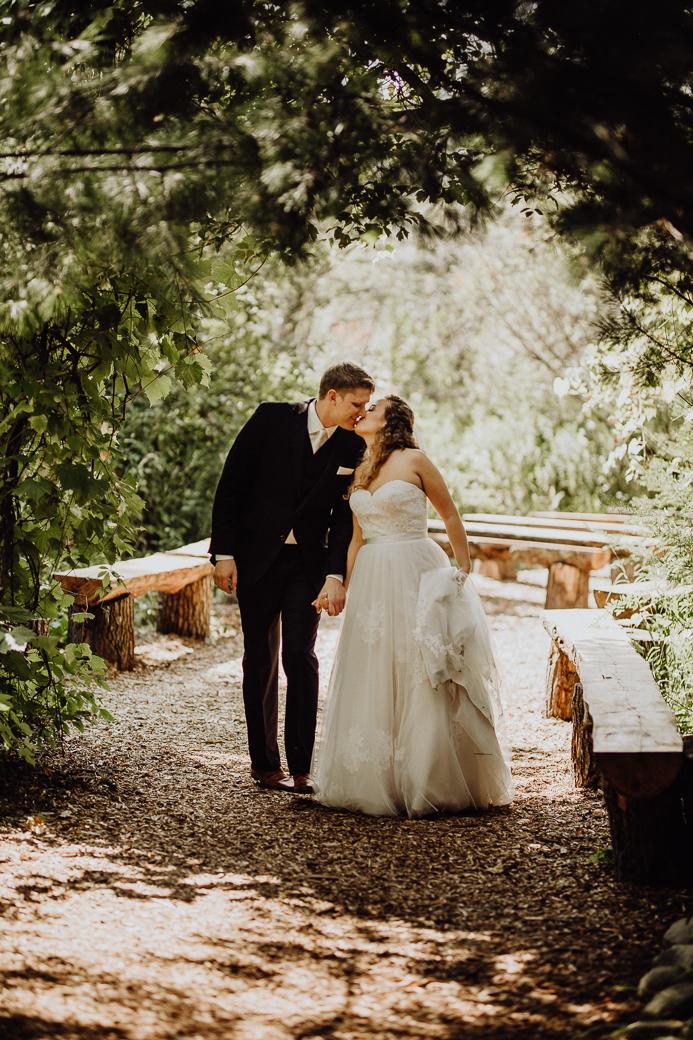 https---www.alyssadphotography.com-engagement grand rapids wedding-1.jpg