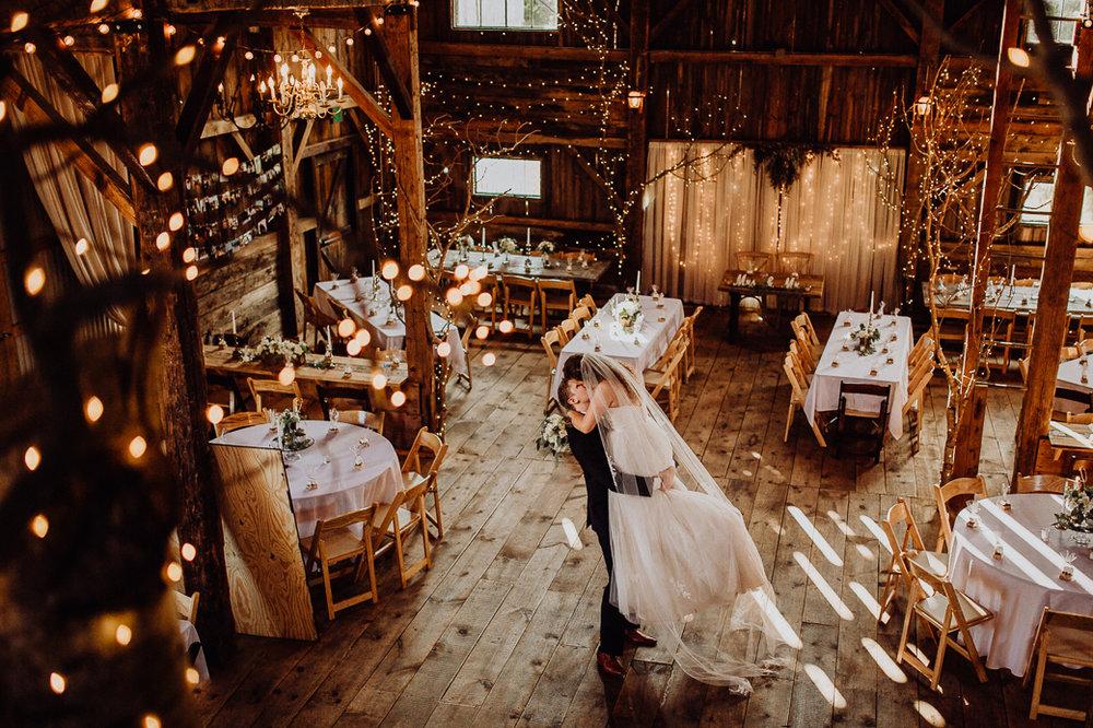 https---www.alyssadphotography.com-engagement grand rapids wedding-3.jpg
