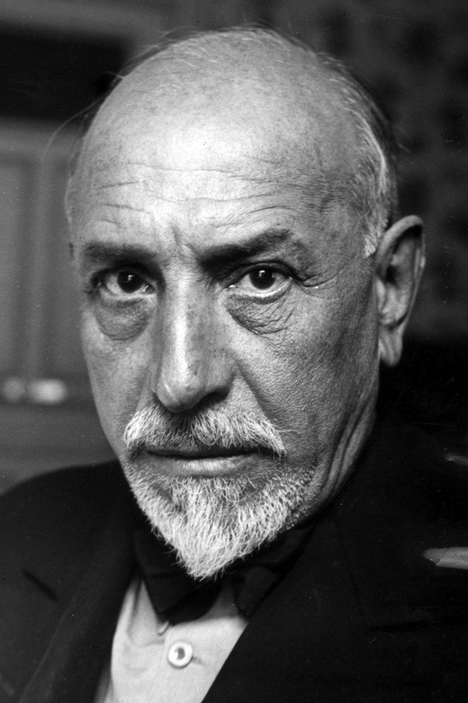 Luigi_Pirandello_1934b.jpg