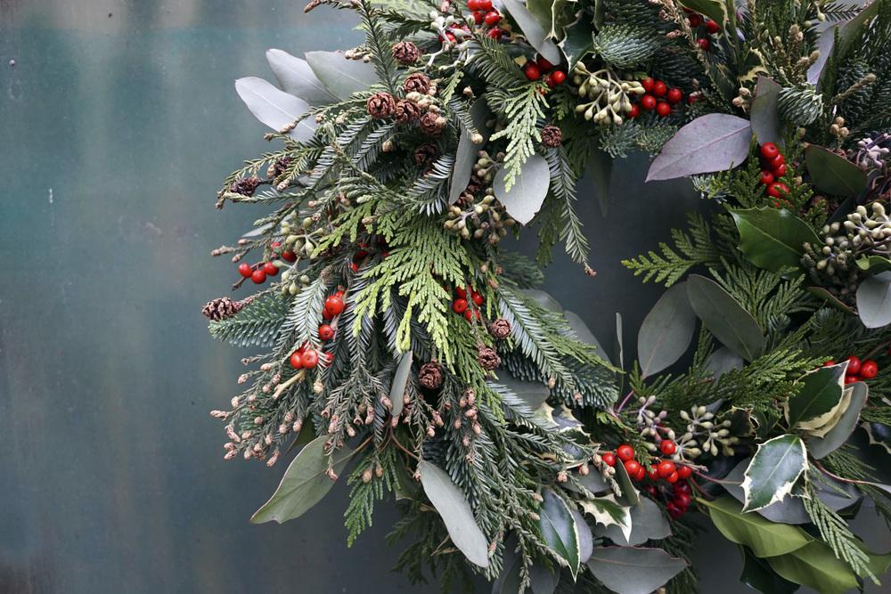 Attractive Winter Wreaths Part - 14: Wild Winter Wreaths
