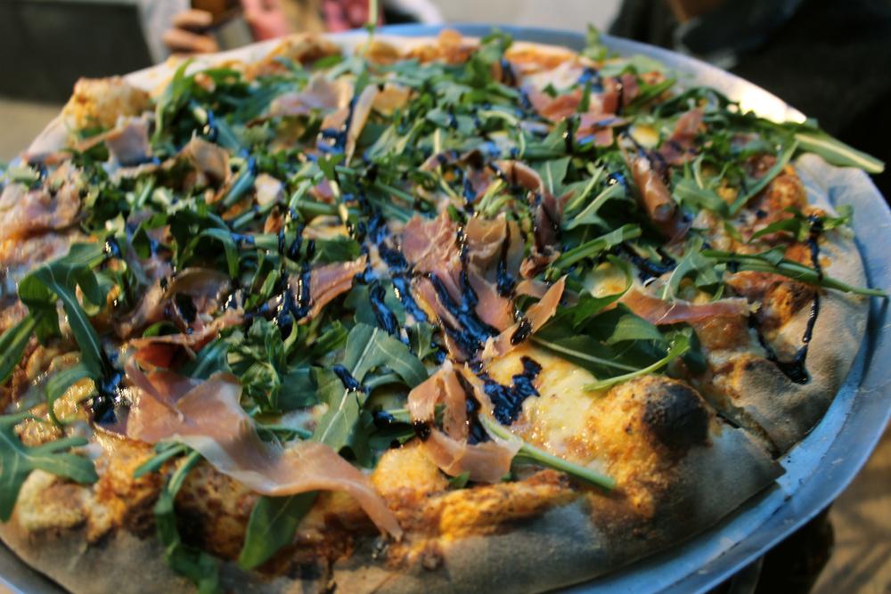 Pizza de Prosciutto con Arúgula