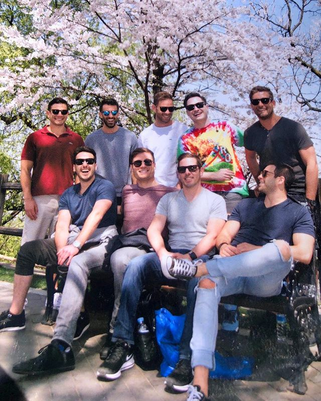 Beautiful day of Seoul searching with these guys.