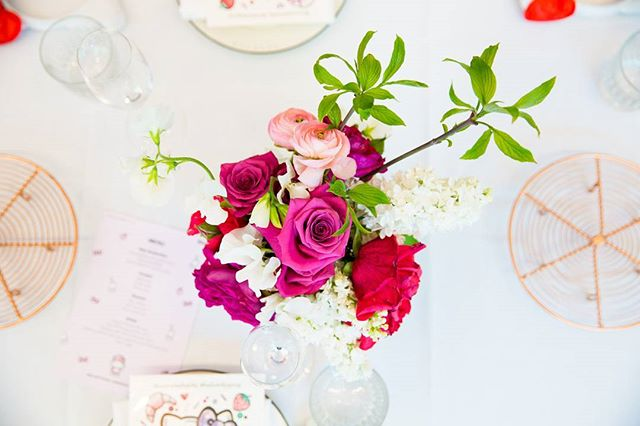 Photography for Hello Kitty @wearehellokitty #hellokittygang high tea at @QTMelbourne. Image: Stunning florals by @toriallen_events . Album on www.jamonyourcollar.com.au, link in bio. . @jam.on.your.collar.photography @stylecounselpr @toriallen_events @iscreamnails @alicehoney @leblondefox @felixandscott @cuppyandcake @kerrytangy @taramilktea @katehannah @shanchansen @therubycanvas @alexiapetsinis @simple.blanc @thegirlwholivedforclothes
