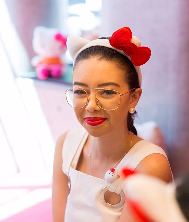 Photography for Hello Kitty @wearehellokitty #hellokittygang high tea at @QTMelbourne. Image: Style influencer Tara ( @taramilktea ). . Album on www.jamonyourcollar.com.au, link in bio. . @jam.on.your.collar.photography @qtmelbourne @stylecounselpr @toriallen_events @iscreamnails